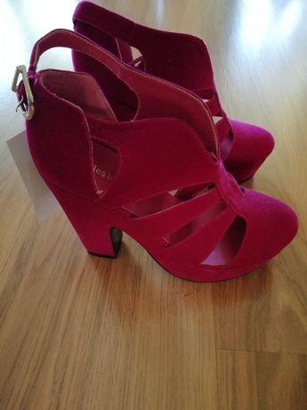 Buty damskie, letnie na platformie, różowe (zamsz/nubuk)