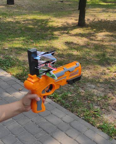 Пистолет катапульта с 4 самолетами