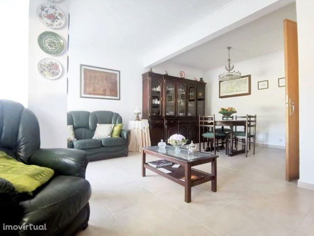 Casas Apartamento T2 para Venda em Caxias