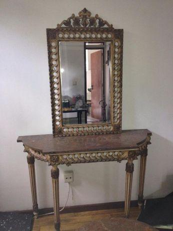 Mesa e espelho de Hall como novo