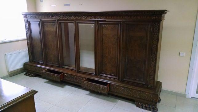 Эксклюзивный шкаф из натурального дерева и стол (комплект)