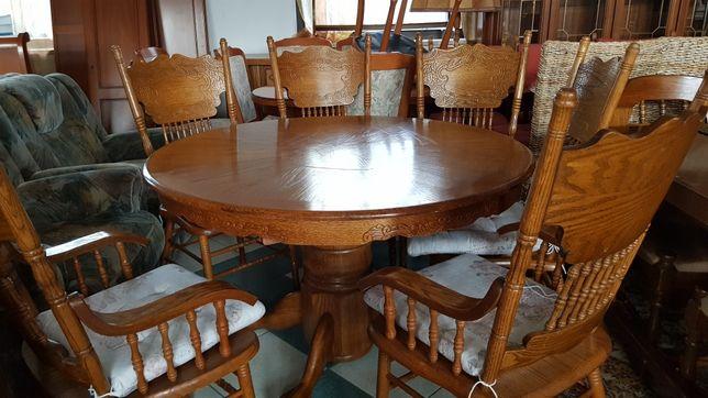 Piękny rozkładany dębowy stół z 6 krzeslami