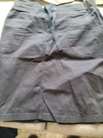 Spódnica  czarna rozmiar 44
