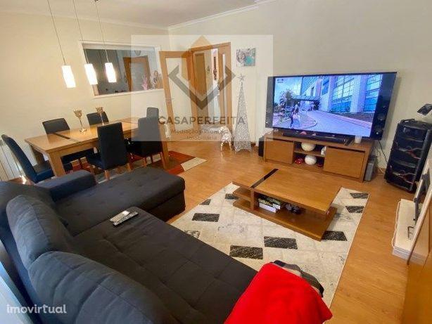 Apartamento T2 em excelente estado de conservação-Pedroso