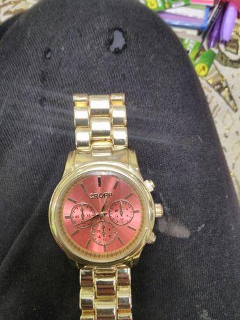 Новий жіночий годинник.
