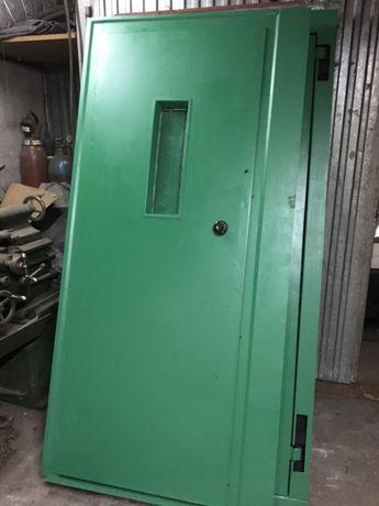 Drzwi od windy industrial loft prl pub art deco metalowe stalowe