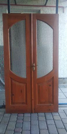 Межкомнатные деревянные двери под стекло б/у самовывоз