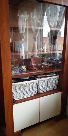 VOX Modern, dwie witryny, dodatkowe drzwi