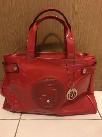 Czerwona torba torebka lakierowana Armani Jeans okazja