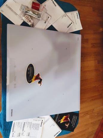 Варочная поверхность Hansa BHIW68303 Индукционная Новая
