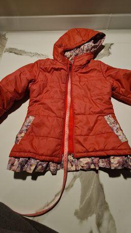 Курточка на девочку 122 см