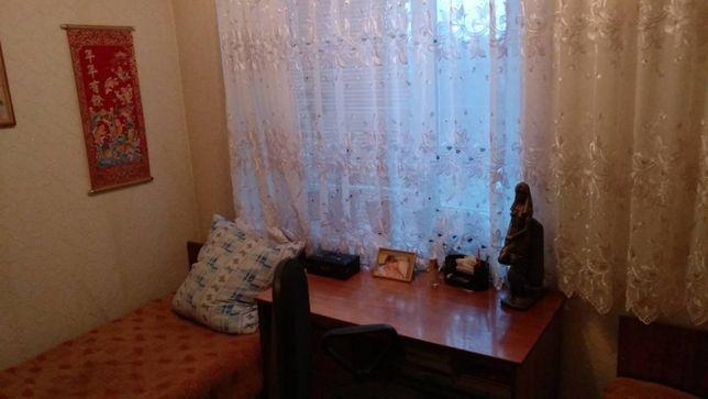 Продам 3-х комнатную квартиру в Тараще Киевская обл.б