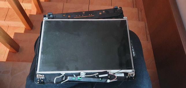 Ekran Matryca LCD 15,4 WXGA HP 6730b 6735b 6710b wraz z taśma.