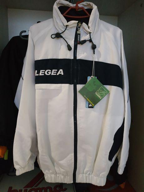 Очень красивый спортивный костюм legea 8-10лет