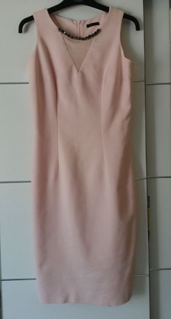 Elegancka, śliczna ołówkowa sukienka z biżuterią MOHITO r. 36 S