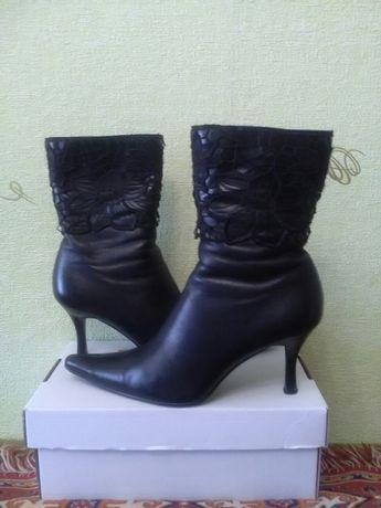 Ботинки кожаные р.38