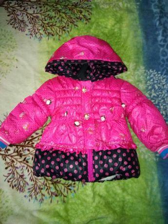 Курточка на маленькую девочку