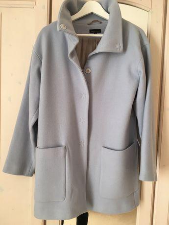 Błękitny płaszczyk kupiony w P&C