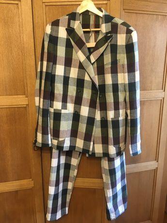 Продам летний итальянский костюм