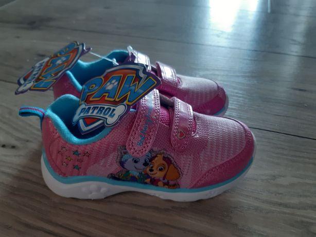 Sprzedam NOWE buty sportowe dla dziewczynki