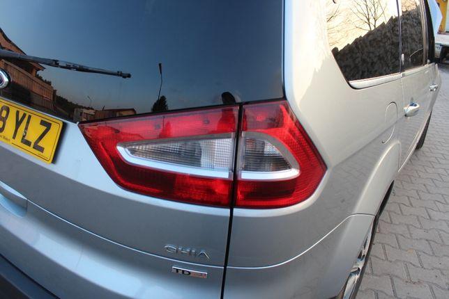 Tylna lampa w błotnik prawa Ford Galaxy Mk3 2008 r.