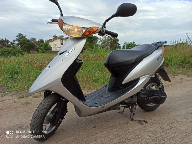 Скутер Yamaha sa 16