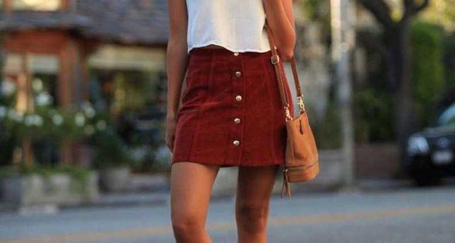 Красная мини юбка с карманами и пуговицами червона спідниця