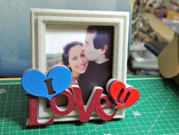 Moldura I Love U com Foto e Cor personalizada - Dia dos Namorados