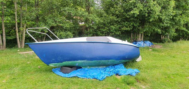 Jacht kabinowy żaglówka typ Bartek 2
