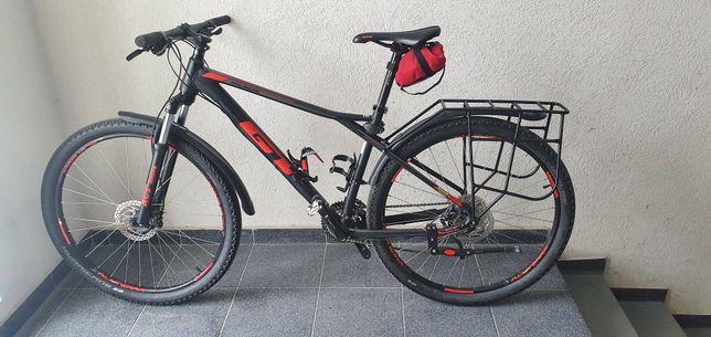 МТВ горный GT Avalanche 29 рама L + сумка подрамная + багажник