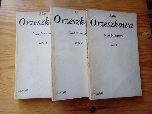 """Eliza Orzeszkowa """"Nad Niemnem"""" w Trzech Tomach 1984"""