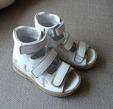 ортопедичне взуття для дівчинки. розмір 23