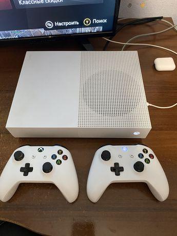 Xbox One S 1ТБ All Digital Edition 2 джойстика + 8 игр(Cyberpunk,RDR2)