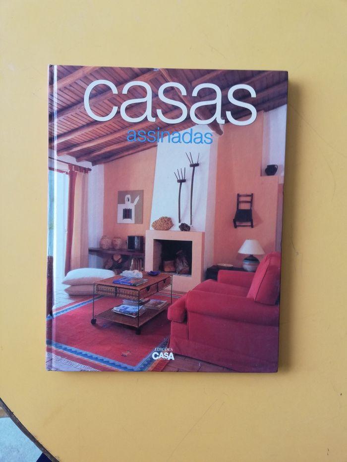 Revista Casas Assinadas Oliveira De Azeméis, Santiago De Riba-Ul, Ul, Macinhata Da Seixa E Madail - imagem 1