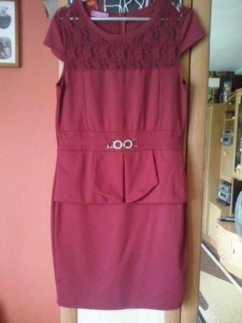Sukienka z baskinka