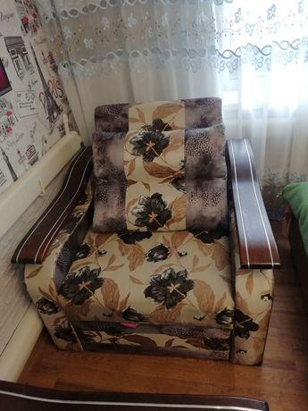 Продам 2 кресла б.у в хорошем состоянии