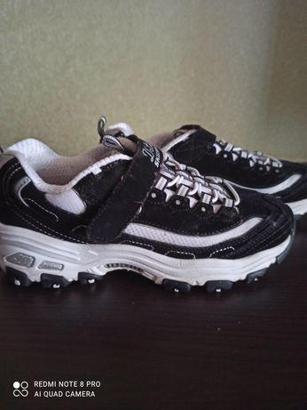 Кроссовки Skechers размер 35