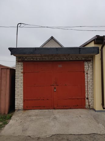 Продається цегляний гараж
