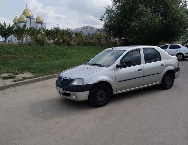 Автомобіль Dacia Logan 1.4 седан