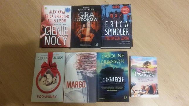książka.. książki różne rodzaje nowe