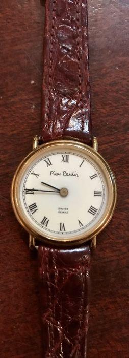 Relógio anos 80 da Pierre Cardin com caixa de banho a ouro Almeirim - imagem 1