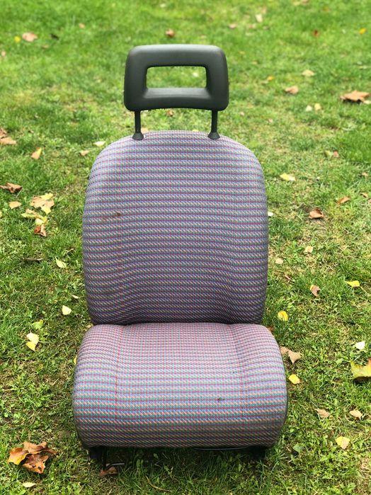 Sprzedam fotel do fiata 126p Stary Dwór - image 1