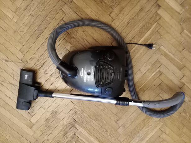 Пылесос LG V-C3E56NT