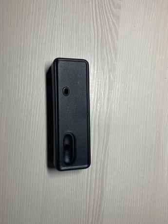 Подставка для телефона и наушников Apple