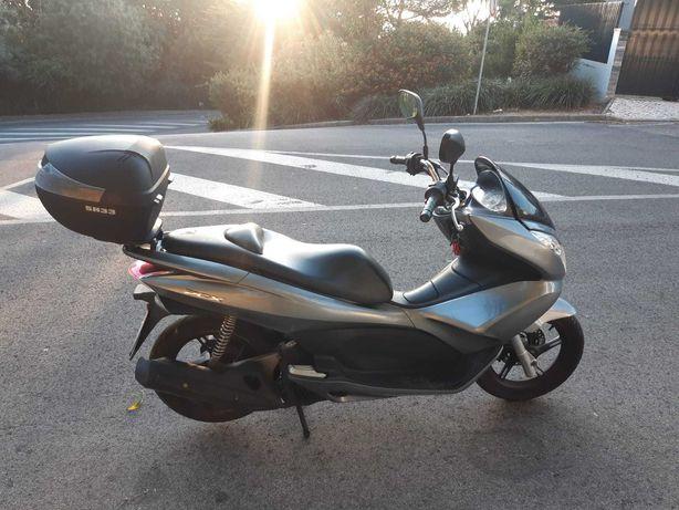 vende-se Honda PCX 125