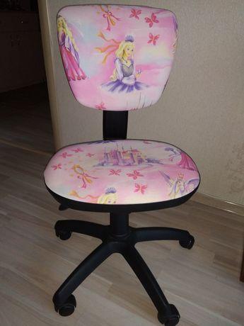 Дитяче комп'ютерне крісло, Німеччина