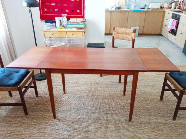 Mesa de Jantar Extensível - Madeira Teca - Design Nórdico