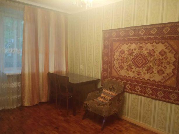 Сдам комнату с балконом, в 2-х ком. кв-ре , Шевченковский р-н