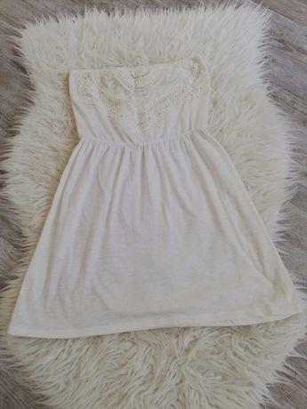 Biała sukienka Bershka S
