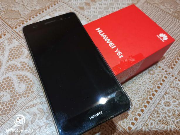 Huawei y6 смартфон